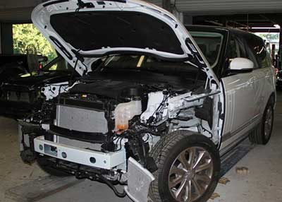 Land-Rover-Range-Rover-accident-recovery