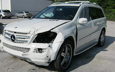 Mercedes Benz GL 450 Accident Recovery